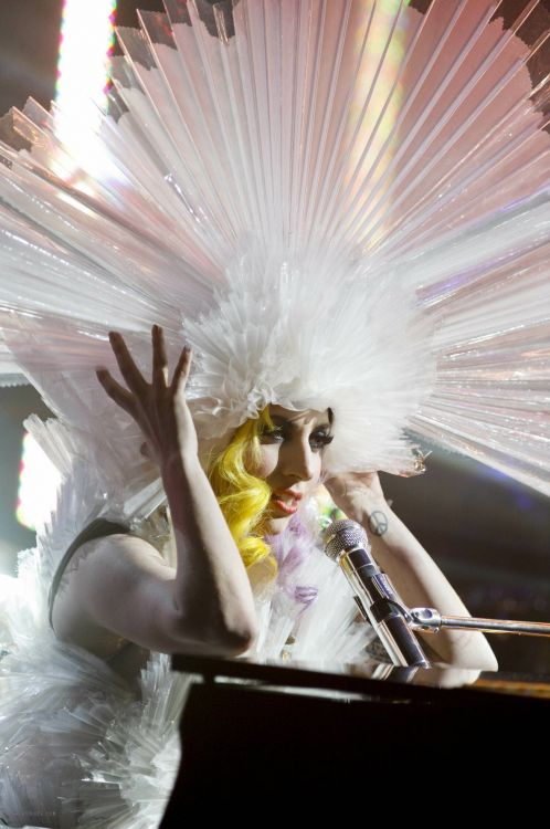 trascription lady gaga and jonathan ross essay Free essay: the uses of spoken language vary in different contexts we have come to rely on chat shows for new personal information about our favourite.