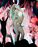 00gagafacepl-VMA-WYSTEP-APPLAUSE-2013_28729.jpg