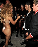 00hqbackstage-VMA2013-APPLAUSE_28829.jpg