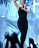 0GAGAFACEPL-HQ-VMA-2013-APPLAUSE_285529.jpg