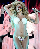 0GAGAFACEPL-HQ-VMA-2013-APPLAUSE_28629.jpg