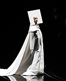 0GAGAFACEPL-HQ-VMA-2013-APPLAUSE_287929.JPG