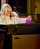 gagaface-pl-10-02-2015-stevie-wonder-performance-001.jpg