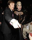 12_02_-_Grammy_Awards_Audience_WWW_GAGAFACE_PL_2810229.jpg