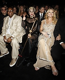 12_02_-_Grammy_Awards_Audience_WWW_GAGAFACE_PL_2810529.jpg