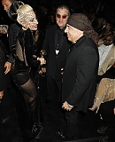 12_02_-_Grammy_Awards_Audience_WWW_GAGAFACE_PL_2812429.jpg