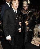 12_02_-_Grammy_Awards_Audience_WWW_GAGAFACE_PL_289729.jpg