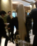 22_04_-_Meeting_fans_at_her_Hotel_in_Seoul2C_South_Korea_WWW_GAGAFACE_PL_28529_REMO.jpg
