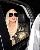 281229_10_07_-_Leaving_her_hotel_in_Los_Angeles2C_USA_GAGAFACE.jpg
