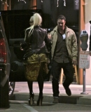 Arriving_at_restaurant_in_LA_GagaFacePL_281029.jpg