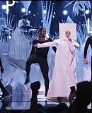 Applause25082013VMA-2836929-gagafacepl.jpg